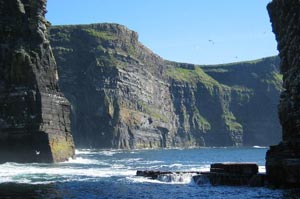 Cruise under the Cliffs of Moher from the Harbour view Bed and Breakfast Doolin